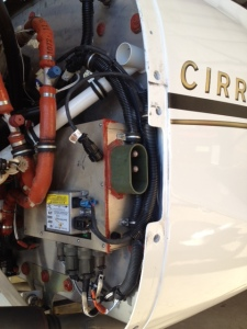 Master Control Unit (MCU), Cirrus SR22 G2, photo by wikiWings