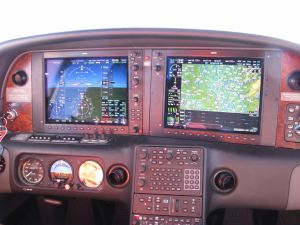 Flying the step, 2008 Cirrus SR22TN Turbo Perspective, FL180, TAS 186 kts, GS 192 kts, credit wikiWings
