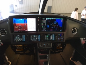 Cirrus Vision SF50 Personal Jet flight deck, Garmin Perspective Touch, photo credit wikiWings 2017